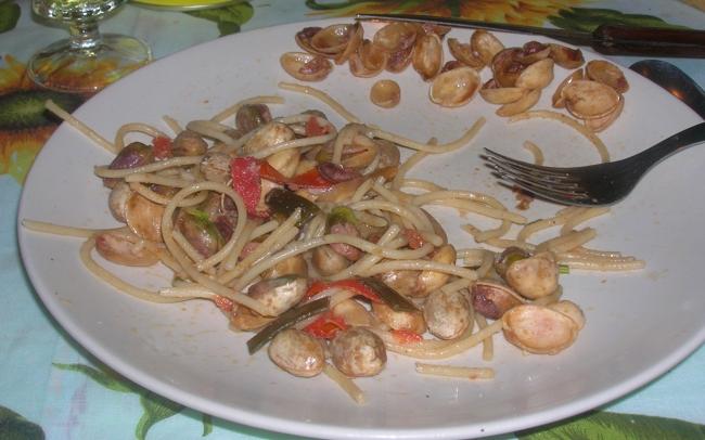 spaghetti alle vongole felici4