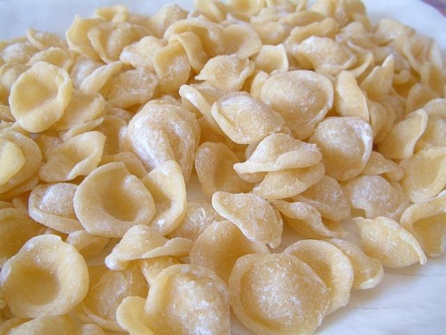 Orecchiette fatte a mano vegan blog ricette vegane cruelty free - Pasta fatta in casa ...