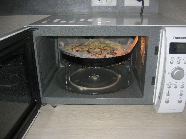 ricette microonde combinato grill colonna porta lavatrice. Black Bedroom Furniture Sets. Home Design Ideas