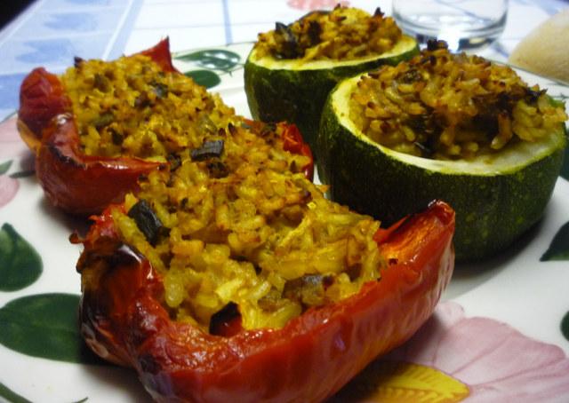 Peperoni e zucchine ripiene vegan blog ricette vegane for Cucinare zucchine tonde
