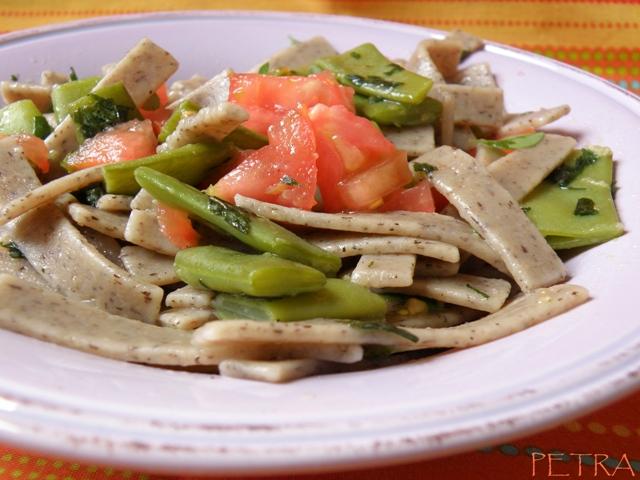 Sugo rinfrescante di taccole e pomodorini vegan blog for Cucinare le taccole