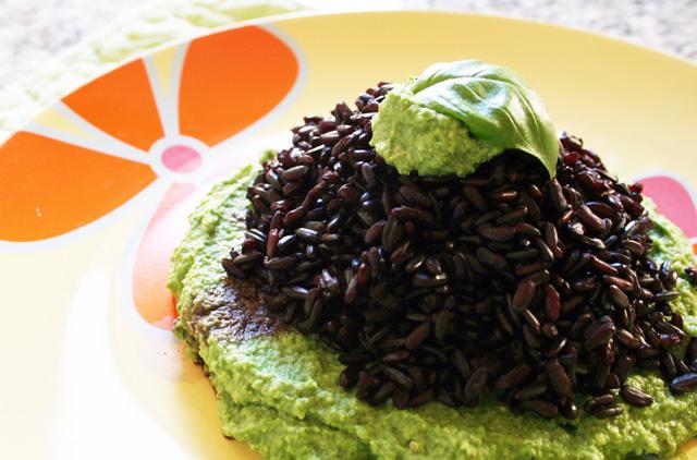 Estremamente Nero al broccopesto - Vegan blog - Ricette Vegane - Cruelty Free KD84